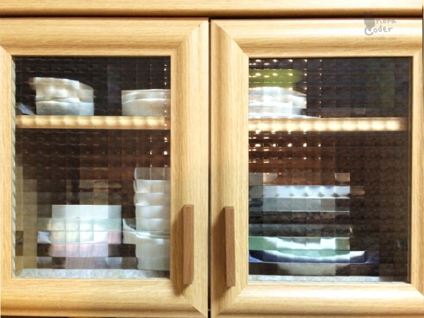 食器棚のここ